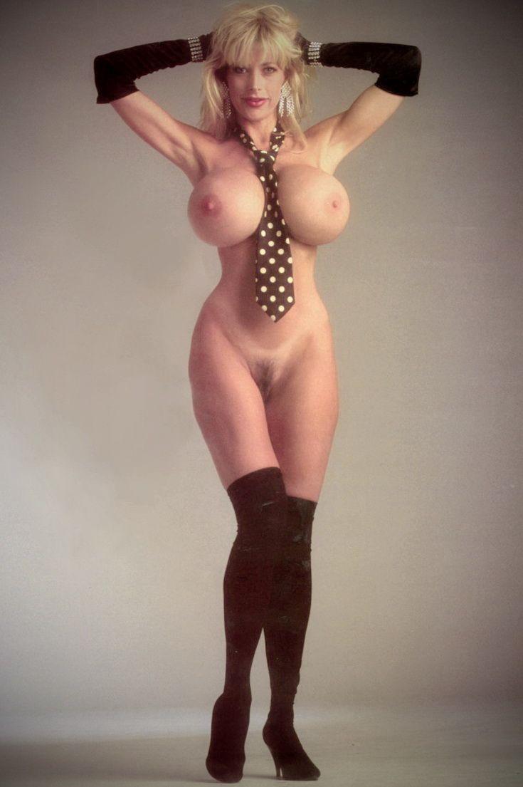 Nude mature woman pandora