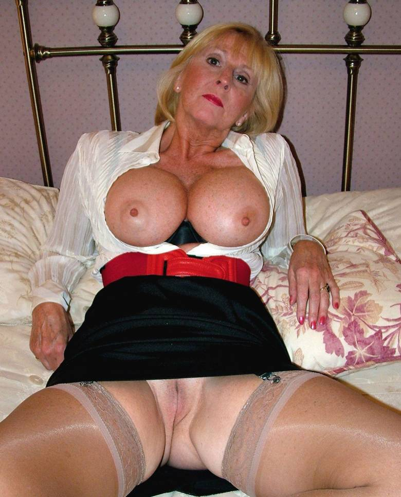 window wives Naked flashing